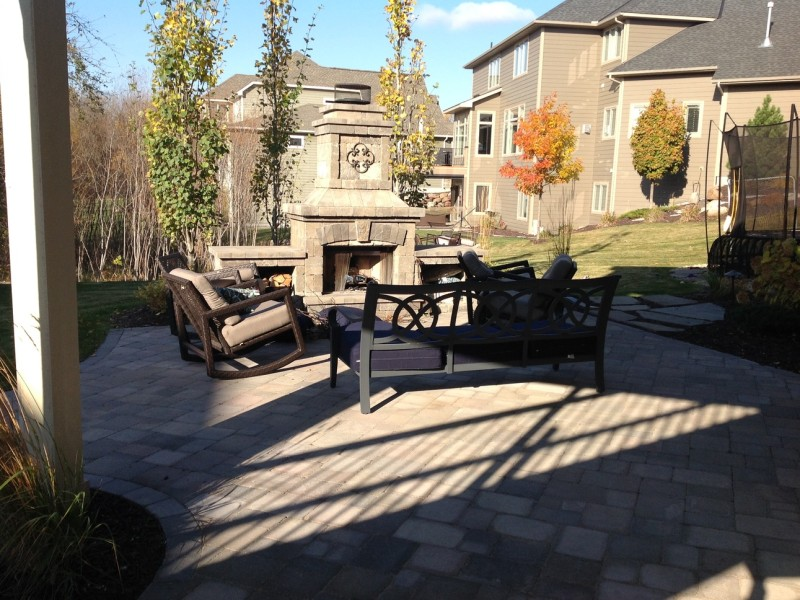 Maple Grove Paver Patio 03