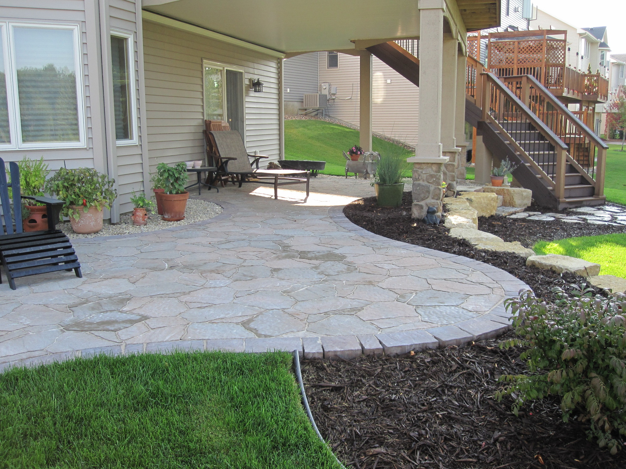 Groundwrx landscape hardscape design plymouth mn for Patio landscape design